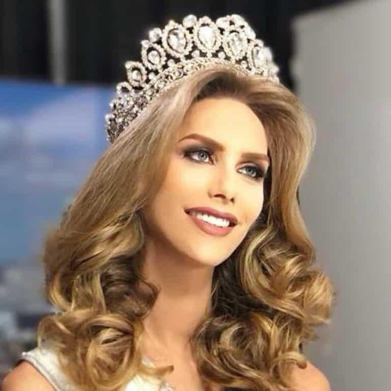Модель-трансгендер может победить в конкурсе Мисс-вселенная 2018