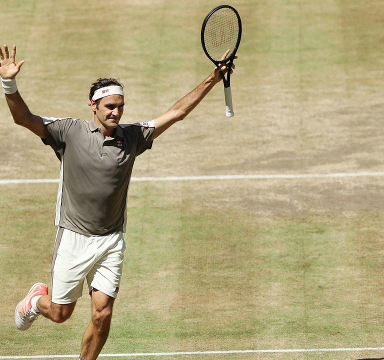 Роджер Федерер поставил рекорд и выиграл свой 102-й турнир