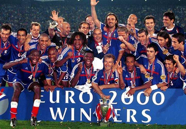Франция с капитаном Дешамом сделала дубль: ЧМ-98 + Евро-2000